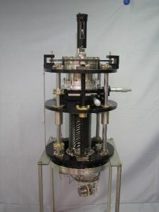 計測チャンバー-用5軸マニュピュレータ